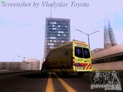 Mercedes-Benz Sprinter Ambulance для GTA San Andreas вид сзади слева