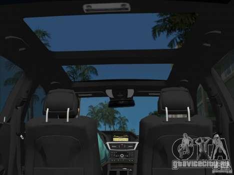 Mercedes-Benz E63 AMG для GTA Vice City салон