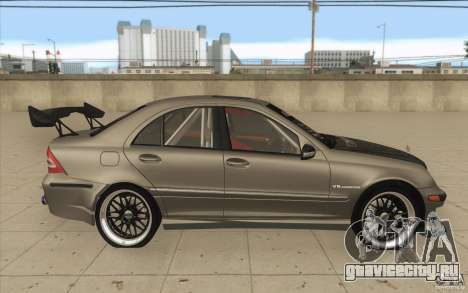 Mercedes-Benz C32 AMG Tuning для GTA San Andreas вид изнутри