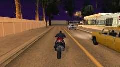 Прыжок с мотоцикла в машину