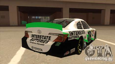 Toyota Camry NASCAR No. 18 Interstate Batteries для GTA San Andreas вид справа