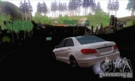 Mercedes-Benz W212 AMG для GTA San Andreas вид сзади слева