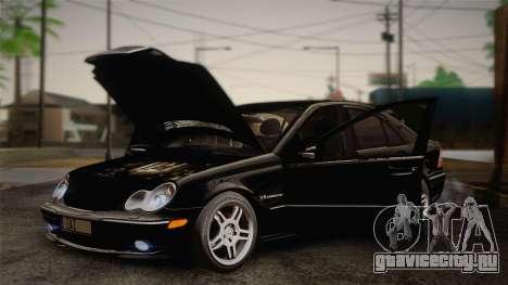 Mercedes-Benz C32 AMG 2004 для GTA San Andreas вид изнутри