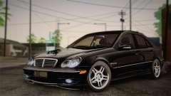 Mercedes-Benz C32 AMG 2004