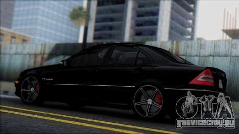 Mercedes-Benz C32 Vossen для GTA San Andreas вид справа