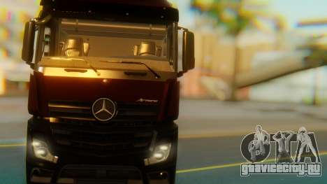 Mercedes-Benz Actros MP4 Stream Space Black для GTA San Andreas вид изнутри