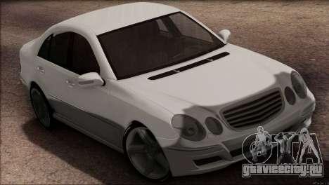 Mercedes-Benz E55 W211 AMG для GTA San Andreas вид сзади слева