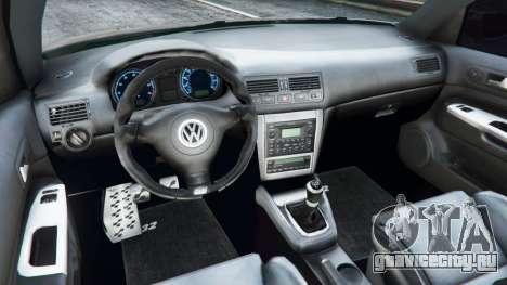 Volkswagen Golf Mk4 R32 для GTA 5 вид сзади справа