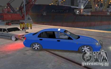 Daewoo Lanos Taxi для GTA 4 вид сзади