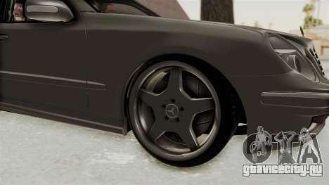 Mercedes-Benz E320 для GTA San Andreas вид сзади