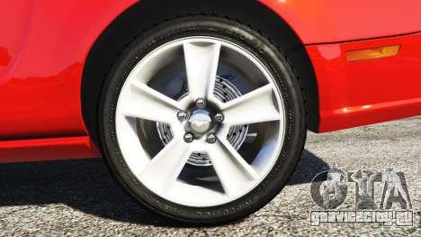 Ford Mustang GT 2005 для GTA 5 вид сзади справа