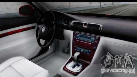 Škoda Superb Crveni Taxi для GTA San Andreas вид изнутри