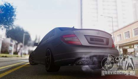 Mercedes-Benz C63 AMG w204 для GTA San Andreas вид справа